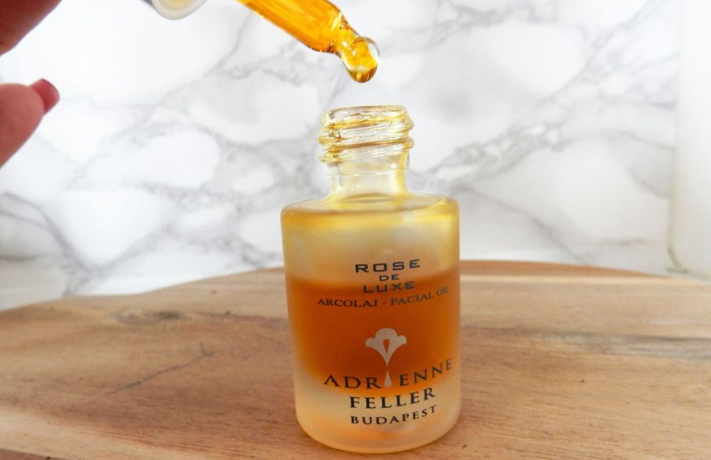 adrienne-feller-rose-de-luxe-facial-oil-druppel