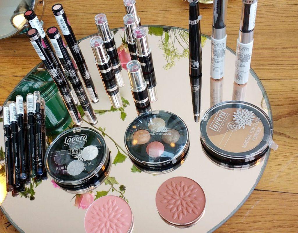 lavera natuur cosmetica lanceert 100 natuurlijke handverzorging beautytag. Black Bedroom Furniture Sets. Home Design Ideas