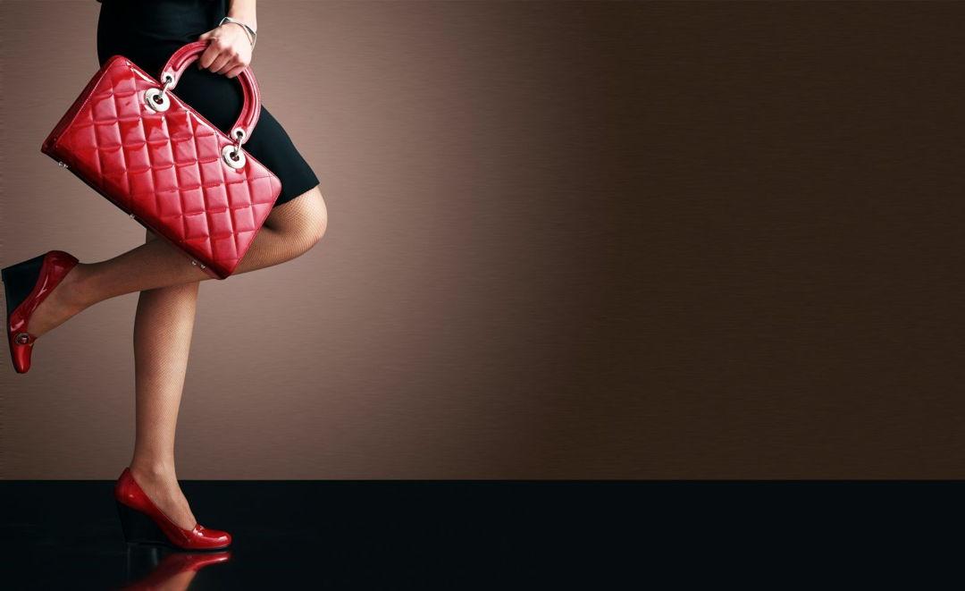 Kipling biedt tijdloze handtassen, laptoptassen en mini rugzakken