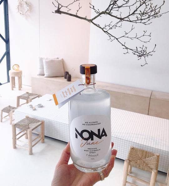 Ad fundum: NONA June, alcoholvrije gin